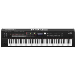 ROLAND RD2000 - STAGE PIANO...