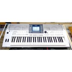 Yamaha PSR S710 - Tastiera...